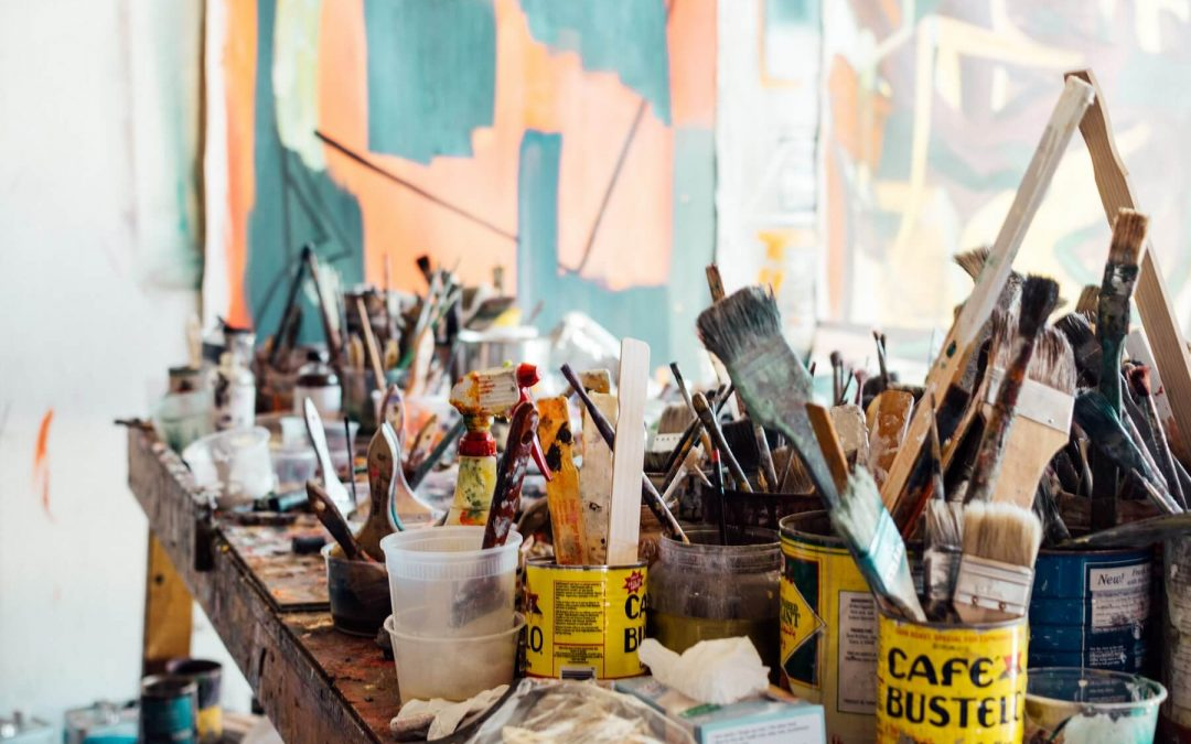 5 Types of Paint You Will Definitely Find In Your Art Collection