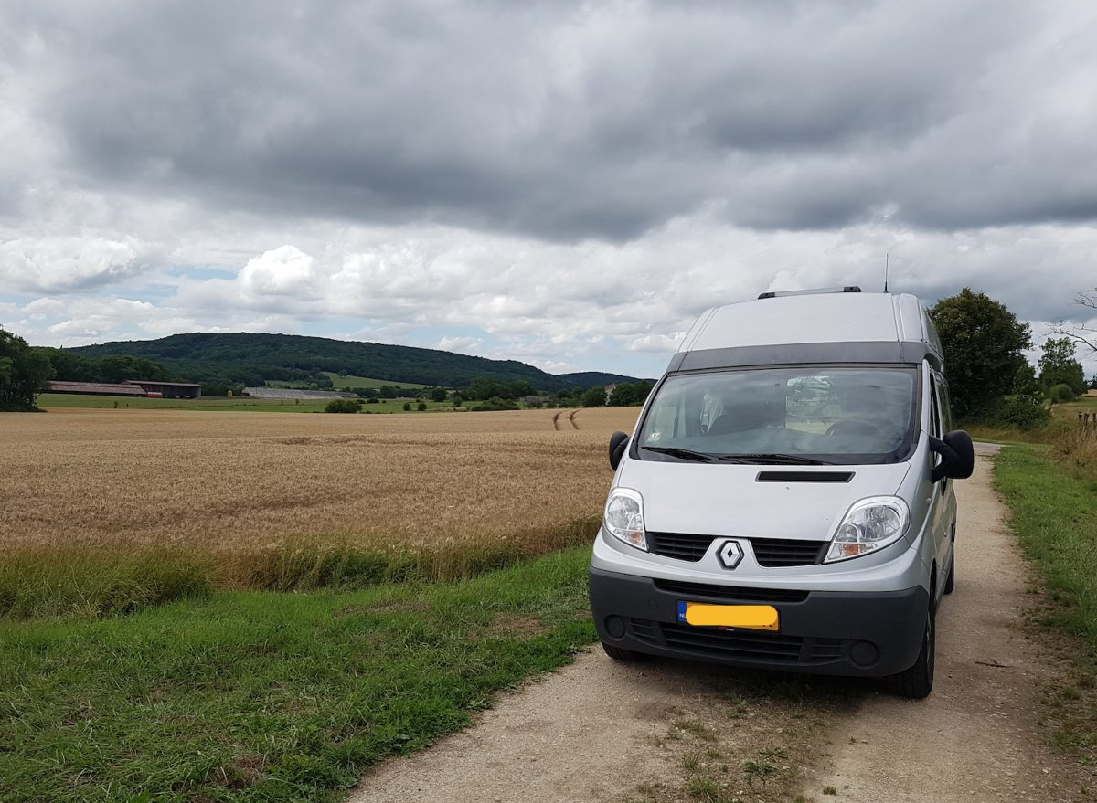 En Route! A Flat Tire, My First Camper Stop, From Montmedy to Besancon