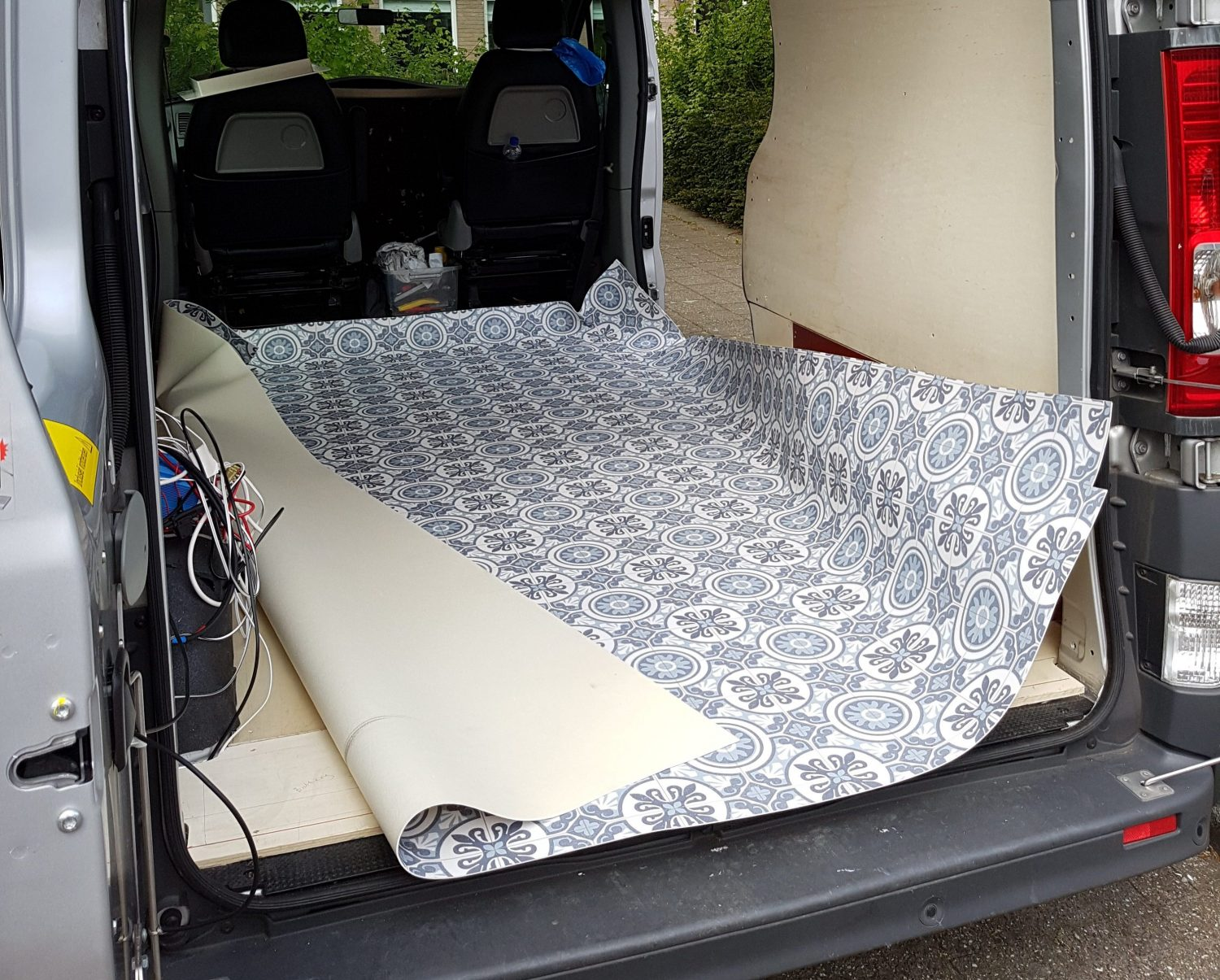 The Floor, Ceiling and Walls - DIY Renault Trafic Campervan