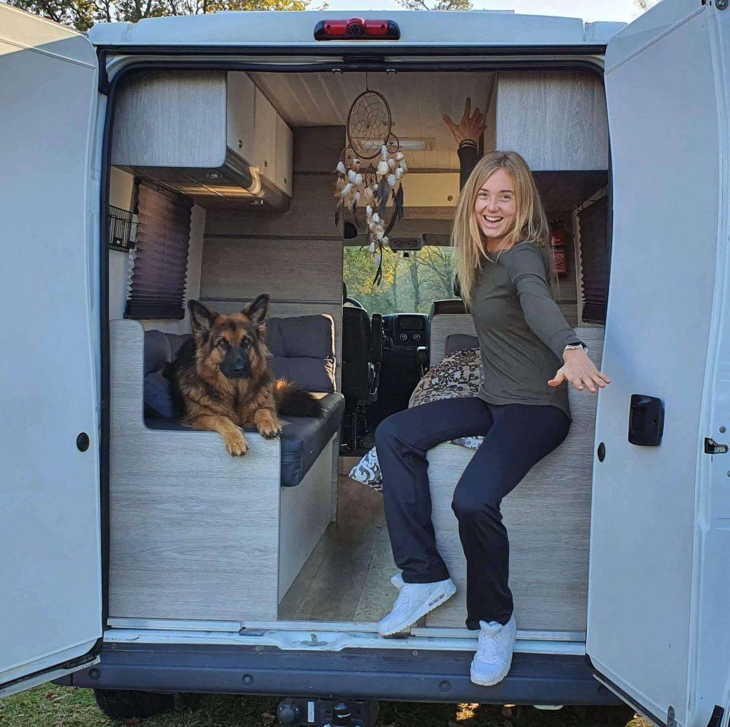 Dutch vanlifers - Living in campervan fulltime