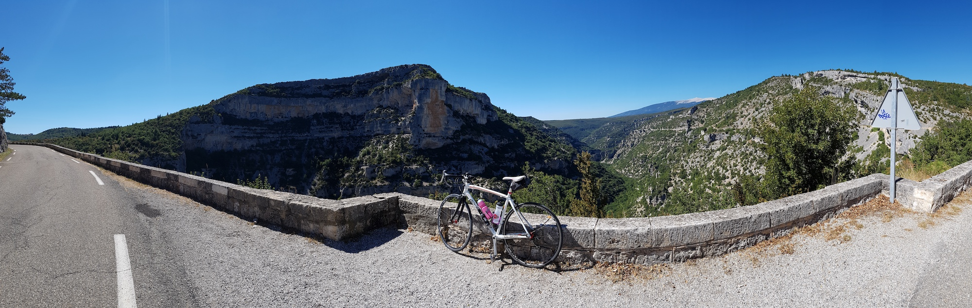 Cycling Gorges de la Nesque - Adventuring around the Mont Ventoux