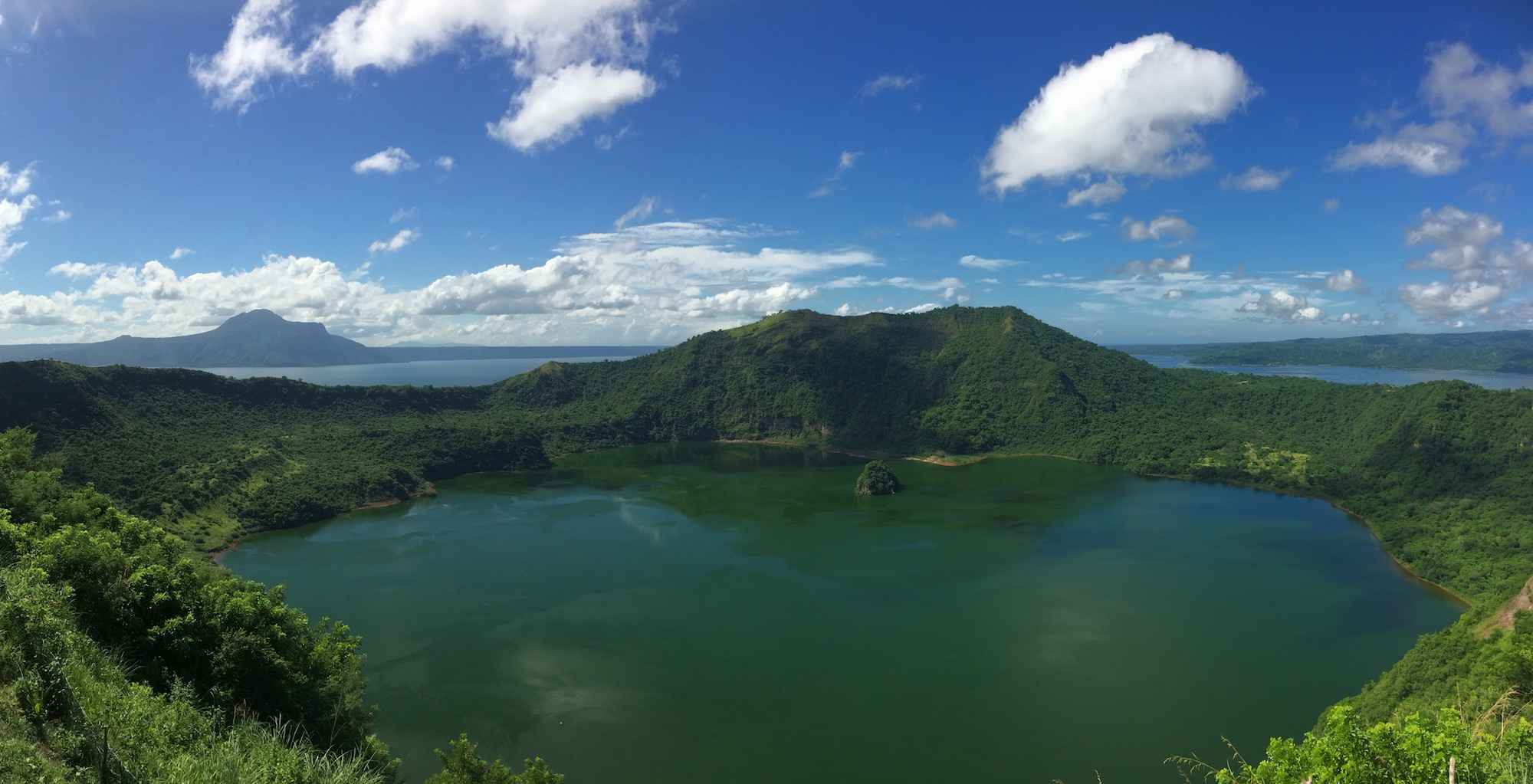 Tagaytay Things To Do - A Volcanic Nature Getaway From Manila, the Philippines