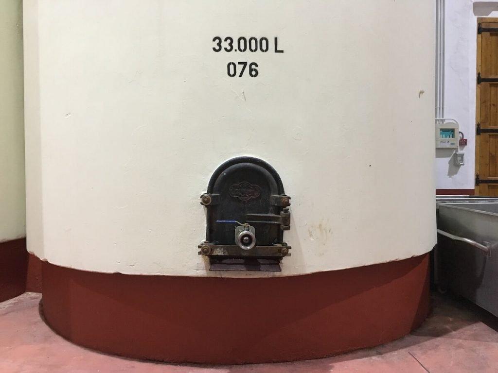 Concrete Wine Tanks Bodegas Pinoso (1)
