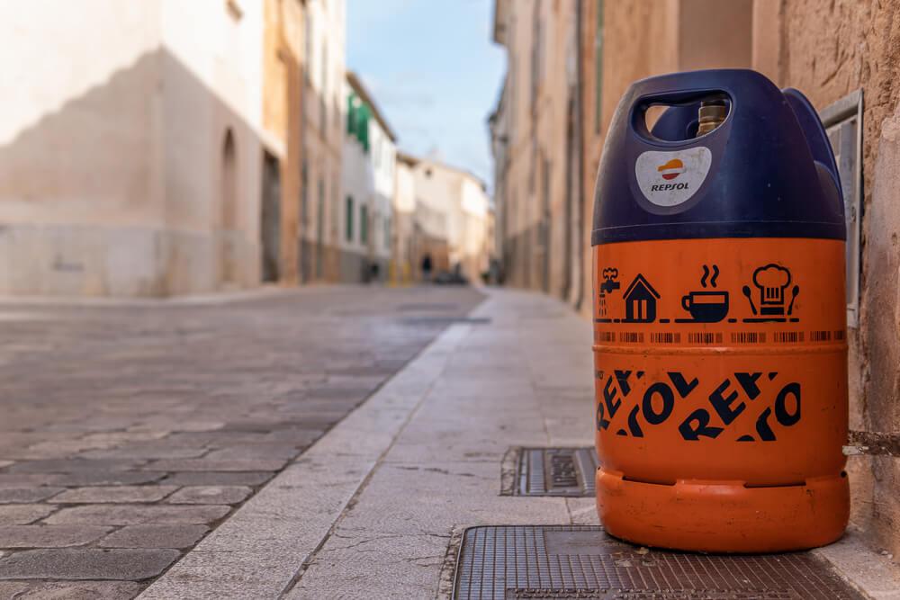 Gas Bottle Refills in Spain – Spanish & Foreign Gas Bottles  for Homes, Campervans & Motorhomes